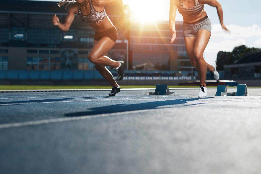 women running track